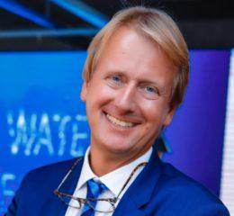 Dr. Thomas Schachner